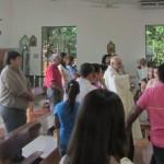 IMG_3991..S Rafael. Padre Alberto dice Messa le sue lunghe pause fanno riflettere ..la predica pure ..non c'è vita si pregunta non c'è  pregunta sin camino