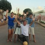 156. IMG_0997. Campo Grande  nel quartiere indigeno gioco a calcio..la mia compagna è un fenomeno..stravinciamo