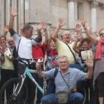 556. IMG_7927. Parma ..turisti della bella Torino